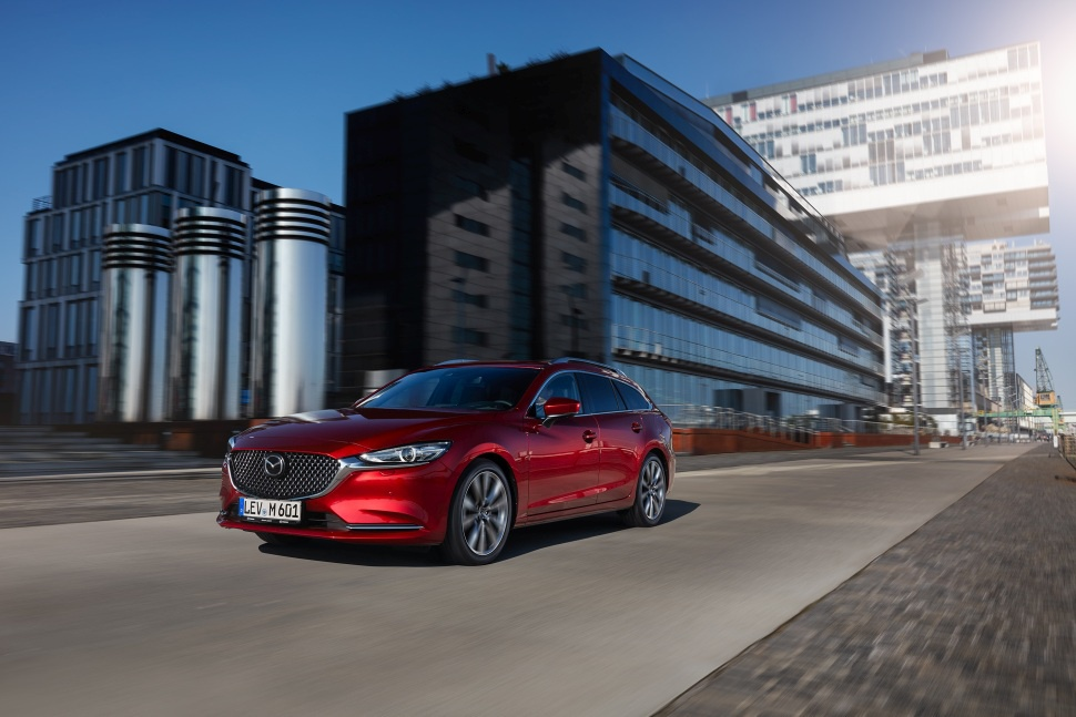 2018 Mazda 6 III Sport Combi (GJ, facelift 2018) - Photo 1