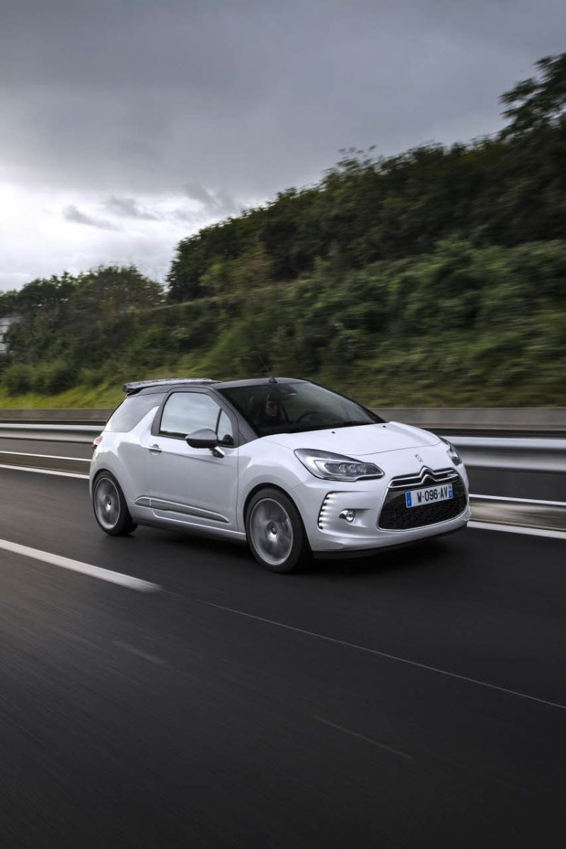 2014 Citroen DS 3 (Phase II, 2014) Cabrio - Photo 1
