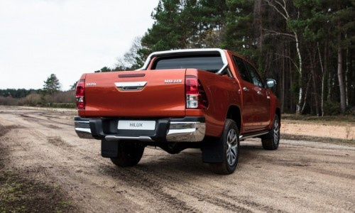 Toyota - Hilux Double Cab VIII (facelift 2017)