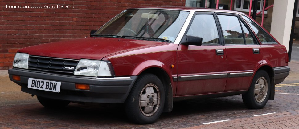 Nissan Stanza Hatchback (T11) - Photo 1