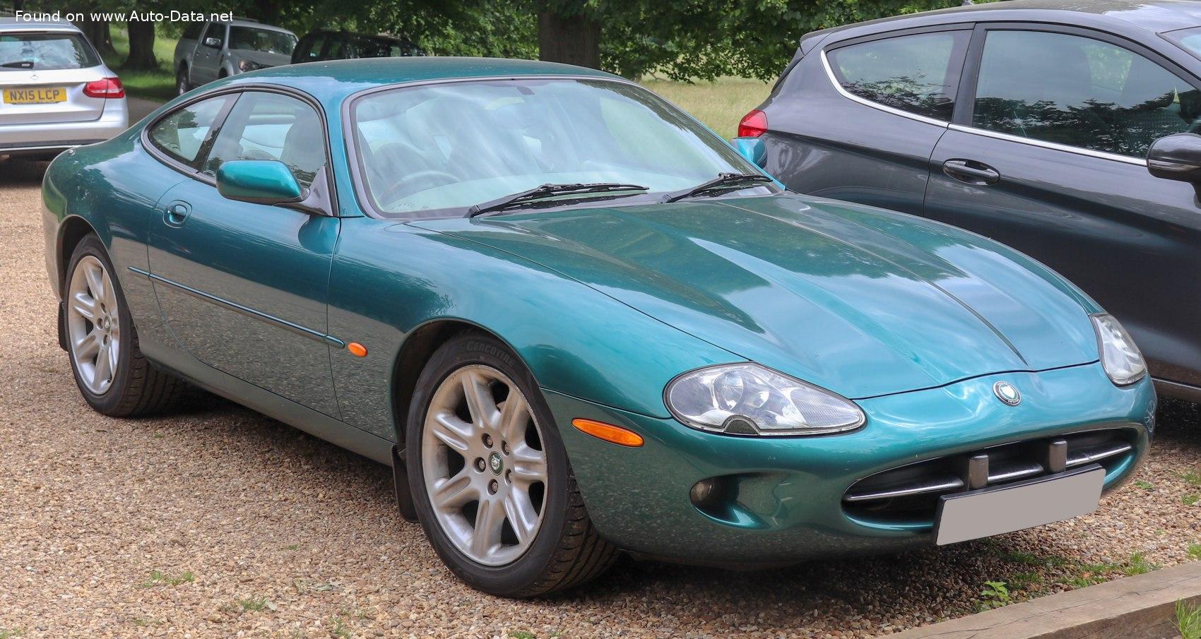 2002 Jaguar XK Coupe (X100) XK8 4.2 V8 (298 Hp) Automatic ...