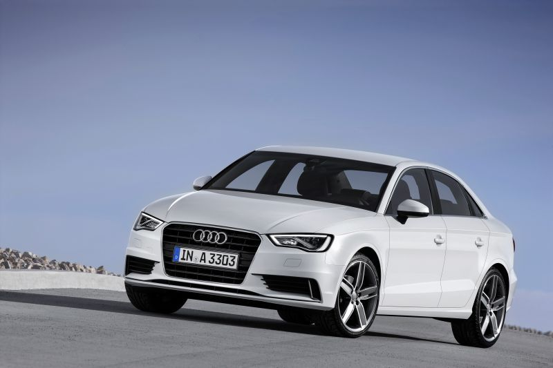 Audi A3 Sedan (8V) 1.6 TDI (110 Hp) clean diesel - Technical Specs, Fuel consumption, Dimensions
