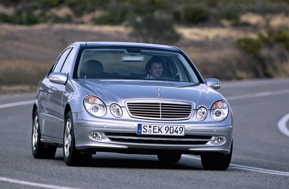 Mercedes-Benz E-class (W211) - Technical Specs, Fuel consumption, Dimensions