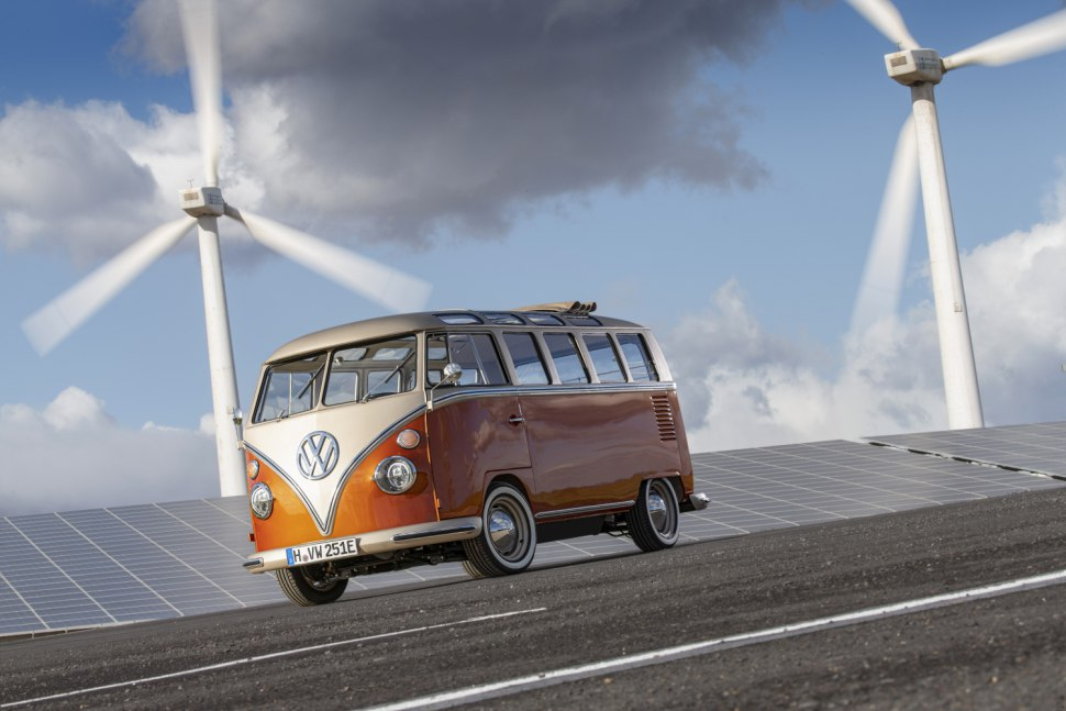 VW showcased the cute e-BULLI concept