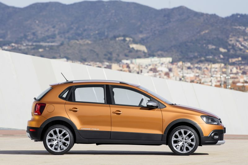 Images Of Volkswagen Cross Polo Facelift 2014 39