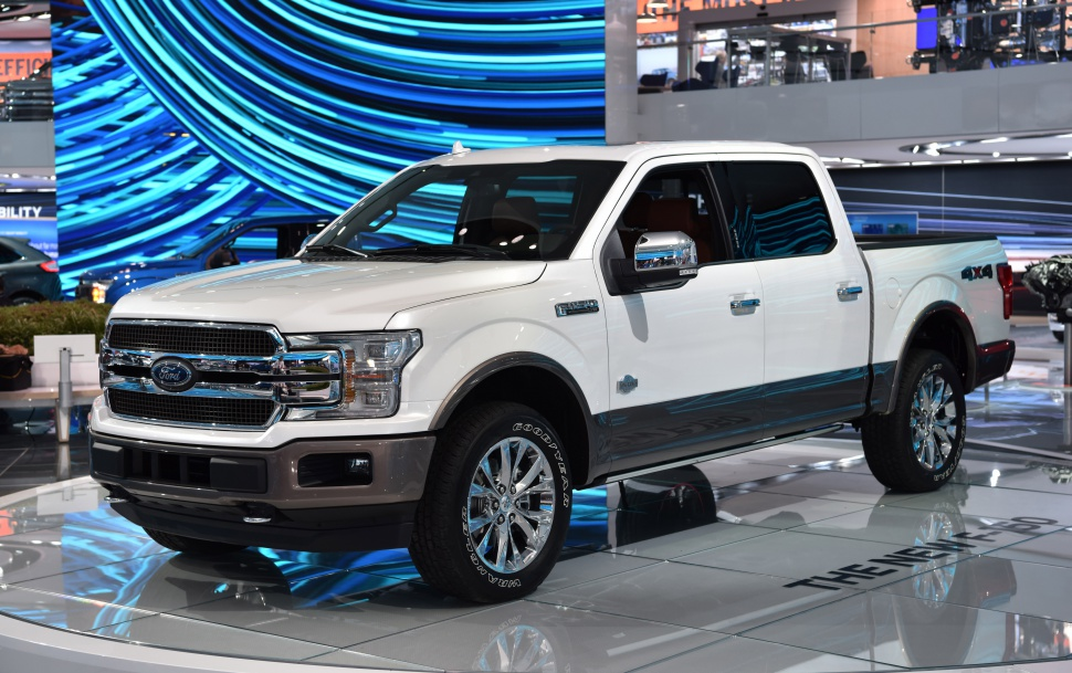Ford F-150 XIII SuperCrew (facelift 2018) 3.3 V6 (290 Hp) 4x4 Automatic - Fiche technique, Consommation de carburant, Dimensions