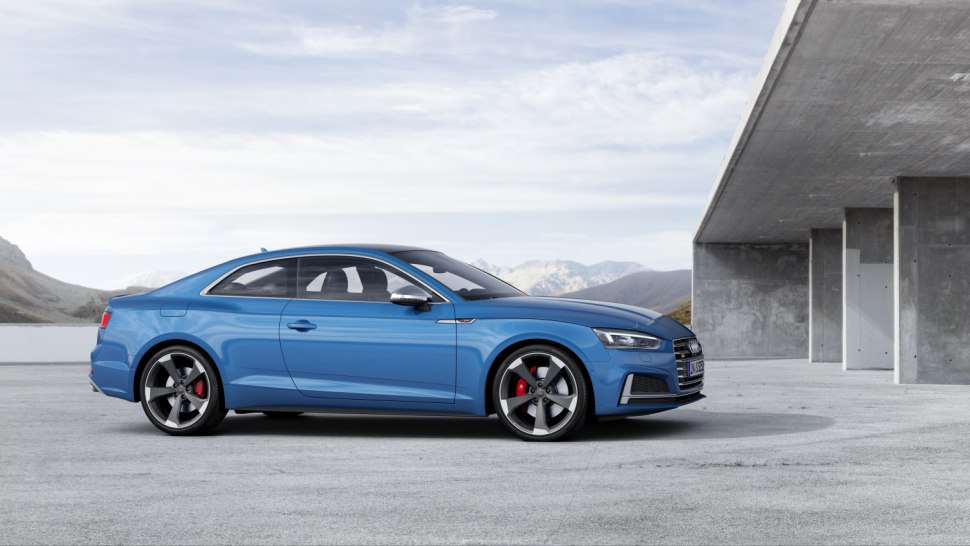 Audi S5 TDI 2019 - coupe blue side 1