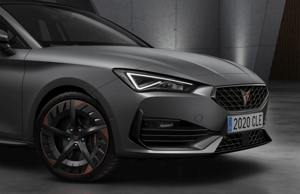 Side view of Cupra Formentor hybrid
