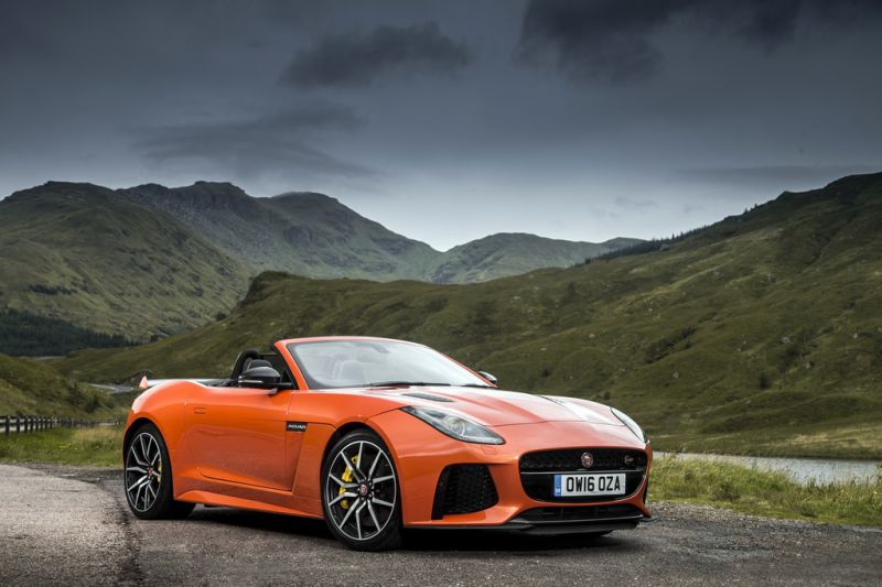 Jaguar F-type Convertible (facelift 2017) SVR 5.0 V8 (575 Hp) AWD Automatic - Fiche technique, Consommation de carburant, Dimensions