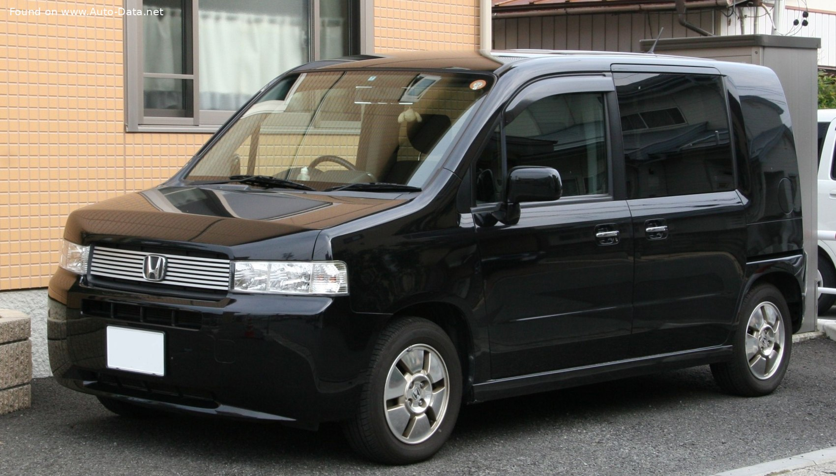 2002 Honda Mobilio Spike 1.5 i 16V (110 CH) | Fiche technique, consommation de carburant ...