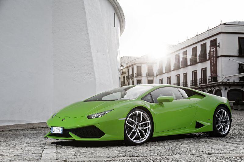 Lamborghini huracan fuel economy