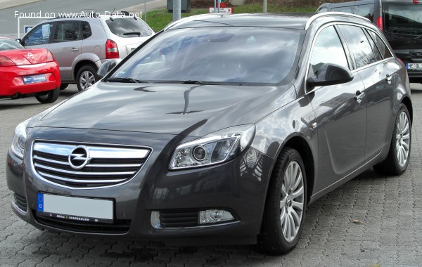 2010 Opel Insignia Sports Tourer (A) - Снимка 1