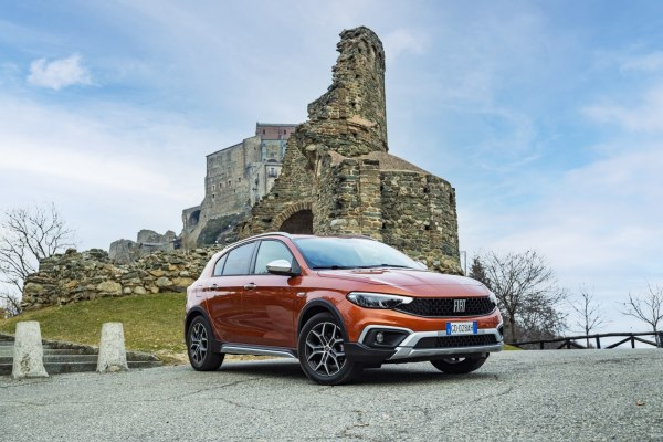 2021 Fiat Tipo Cross - Photo 1