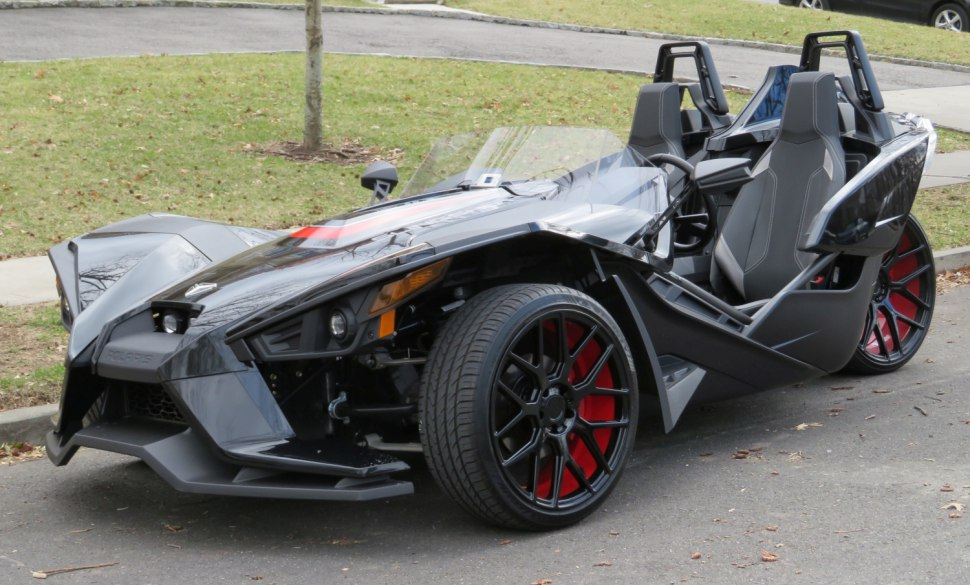 Polaris Slingshot in black paint