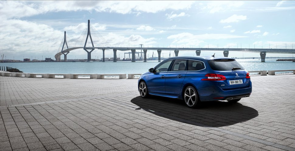 New Peugeot 308 made its debut