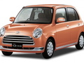 Technical specifications and fuel economy of Daihatsu Mira Gino