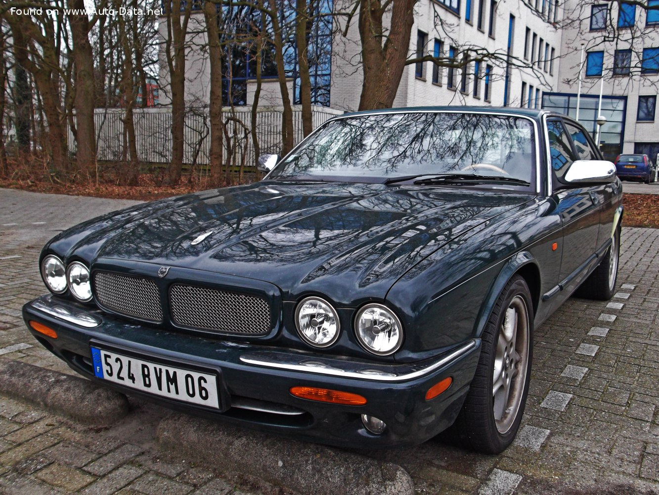 1997 Jaguar Xj X308 Xjr 4 0 V8 32v 363 Hp Automatic Technical Specs Data Fuel Consumption Dimensions