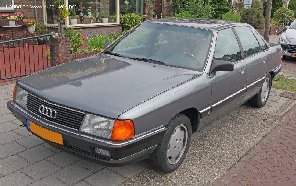 1988 Audi 100 (C3, Typ 44,44Q, facelift 1988) - Photo 1