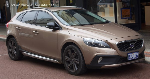 2013 Volvo V40 Cross Country - Photo 1