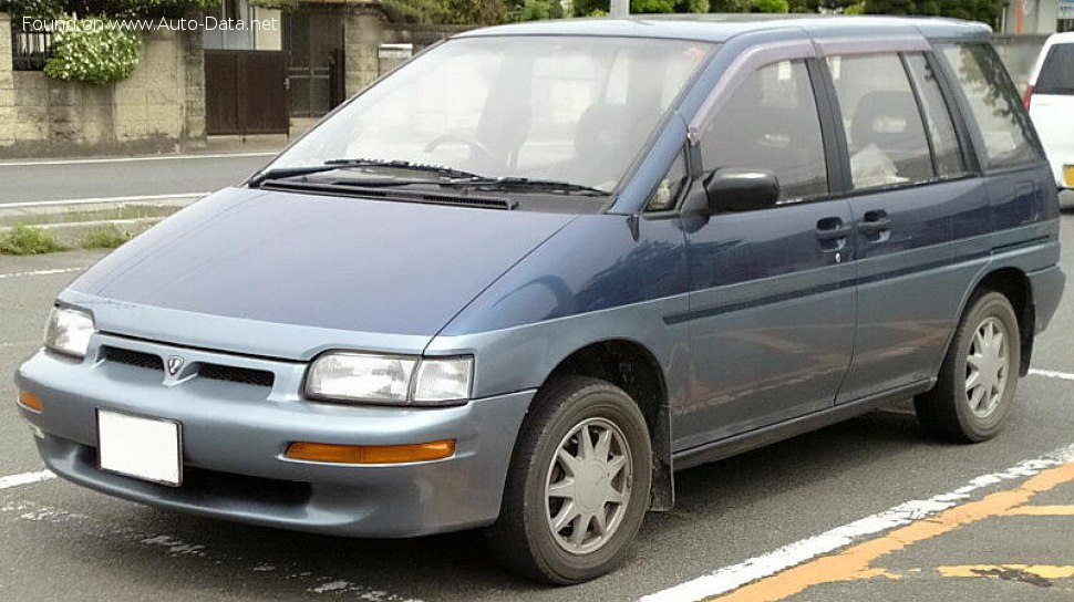 1988 Nissan Prairie (M11) - Photo 1