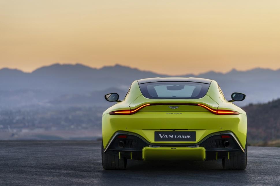 Images Of Aston Martin V Vantage - 2018 aston martin v8 vantage
