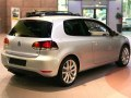 Volkswagen Golf VI (3-door) - Фото 8